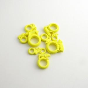 Ted Noten – Papír replikák / Miss Piggy gyűrűk (3D nyomtatás, papír, 2015