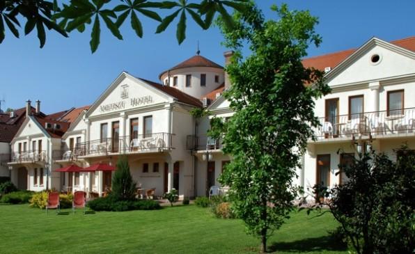 ametiszt-hotel-harkany1