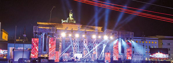 BE_Silvester_am_Brandenburger_Tor_3_c-visitBerlin_Scholvien