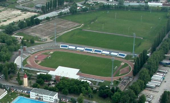 szektoi_stadion2