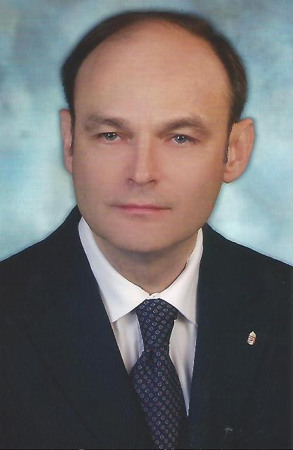 karcsi02