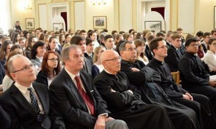Kalazanci Szent Józsefet, a piarista iskolák alapítóját ünnepelték a kecskeméti PIÁR-ban