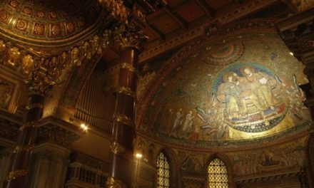 A művészet templomai – Pápai bazilikák 3D