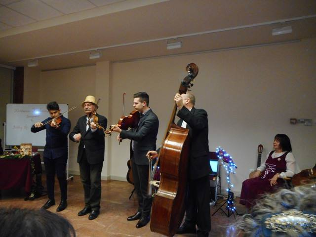 A Hegedűs Együttes lesz a Montázs-est vendége