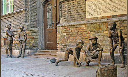 Molnár Ferenc író 1878. január 12-én született