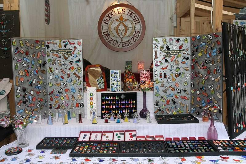 Budapesti Tavaszi Vásár  – Ékszerkészítők találkozója a Vörösmarty téren