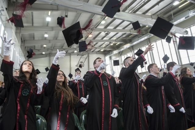 Diplomaátadó a Pallasz Athéné Egyetemen