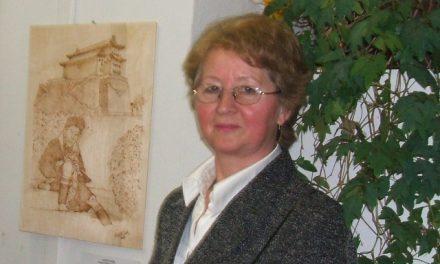 Horváthné Vaskó Gabriella pirográfus, azaz képégető