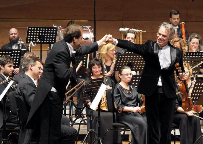 Szláv kaleidoszkóp – Évadnyitány a Pannon Filharmonikusoknál