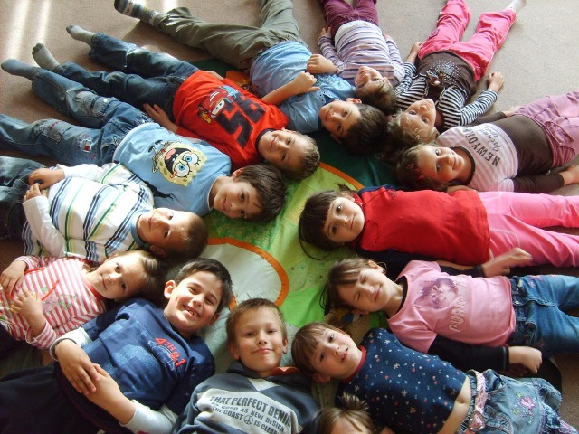 Hírös Agóra Ifjúsági Otthon ajánlata kicsiknek-nagyoknak-felnőtteknek 445bd6aa8a