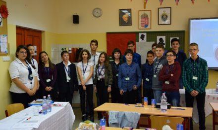 Angol írásbeli és szóbeli verseny a kecskeméti Piárban