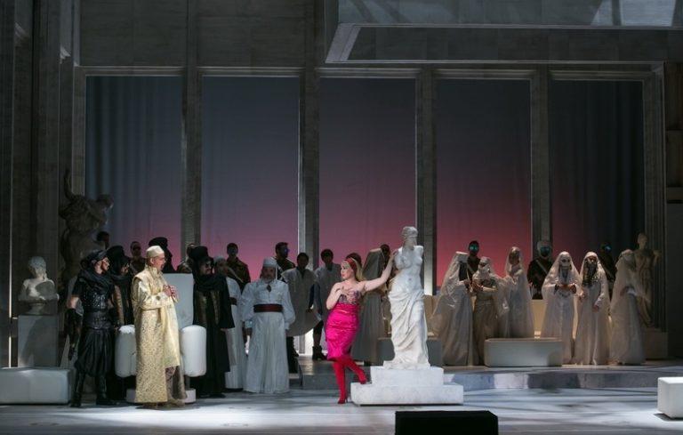 Olasz nő Algírban – Rossini vígoperája először az Opera ...