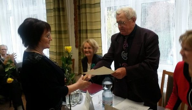 Ugró Éva Anna költő, író, szerkesztő