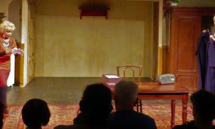 Zserbótangó az Újszínházban – Történet túl a színházon