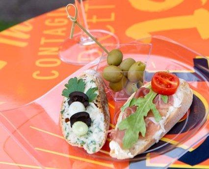 """""""Édes élet"""" Epres Panni tippjeivel – A tökéletes mediterrán nyáreste kellékei"""