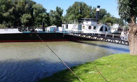 Hajótörténeti kiállítást avatott Neszmélyben a Közlekedési Múzeum