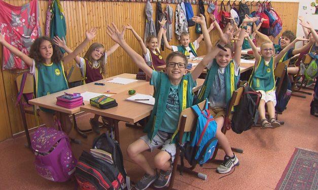 Mozgalmas Hetedhét kaland – Szupernyár az M2 gyerekcsatornán