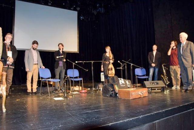 Hírös kecskemétiek a Kamaraszínház pódiumán