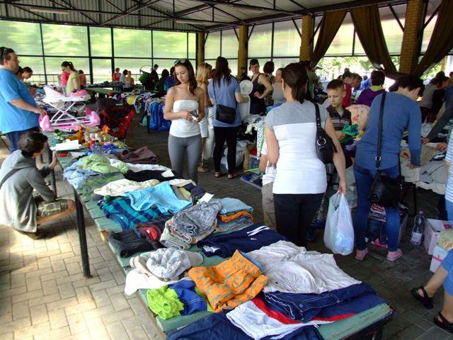 Vásárok Kecskeméten, a Széchenyivárosi Kispiacon
