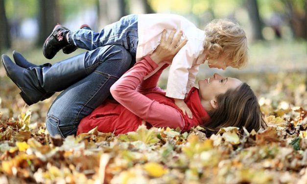 Így játsszunk jól a gyerekkel! – Tippek, hogy a közös játék öröm legyen