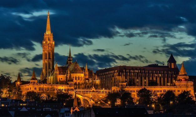 """""""Vesperás"""" a Mátyás templomban a Nemzeti Filharmonikusok koncertjén"""