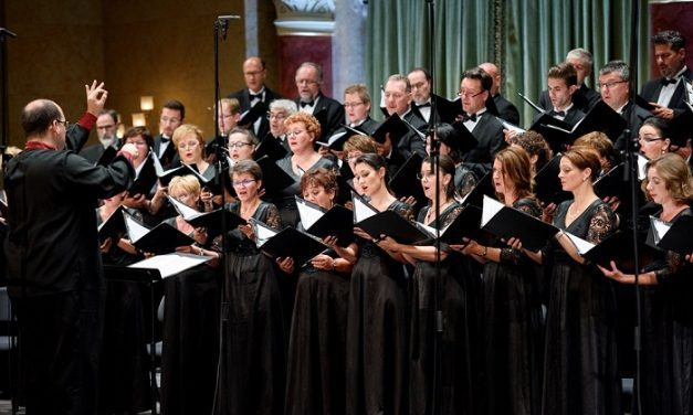 Kobayashi Ken-Ichiro vezényli Verdi Requiemjét