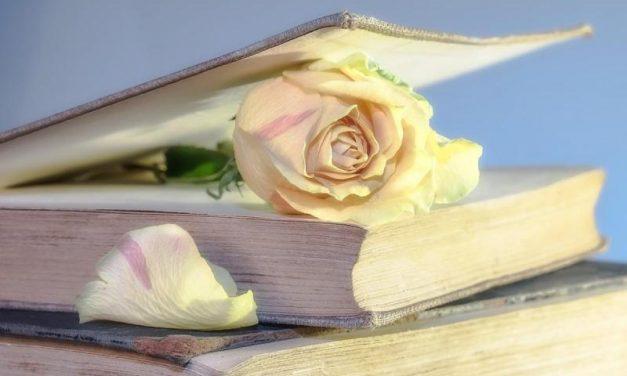 Beköszöntött a tavasz, a zsongás a könyvpiacra is kihat