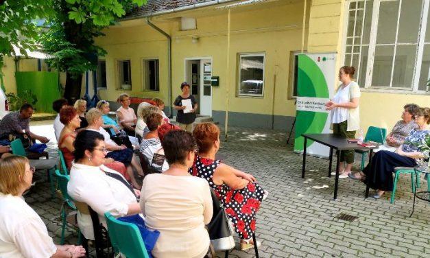 A CédrusNet Időslátogató tanfolyamának résztvevői sikeresen levizsgáztak