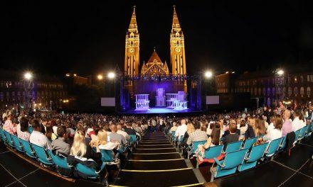 Villámgyorsan épül fel a Szegedi Szabadtéri Játékok színhelye