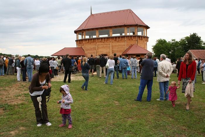 Magyarföld, Fatemplom fesztivál, Faorgona avató