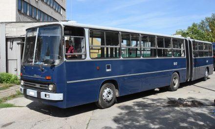 Újabb két Ikarus autóbusszal gyarapodott a Közlekedési Múzeum gyűjteménye