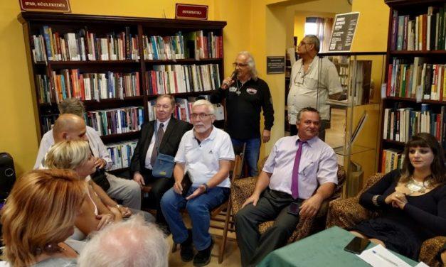 Jó hangulatú, telt házas Krúdy-est az újpesti Fővárosi Szabó Ervin Könyvtárban