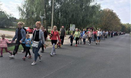 Tízezer lépés – Jótékonysági séta a beteg gyermekekért