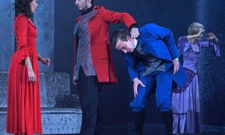 Rettegéssel teli imádat, nyers érzelmek, vad szenvedély – Az Üvöltő szelek a Miskolci Balett előadásában