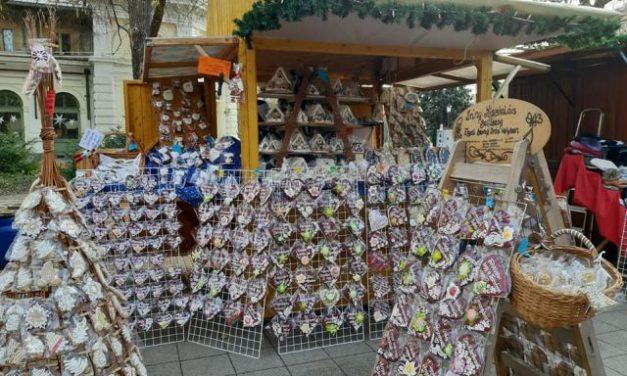 Adventi vásár a Kecskeméti Tanyai Termék Piacon