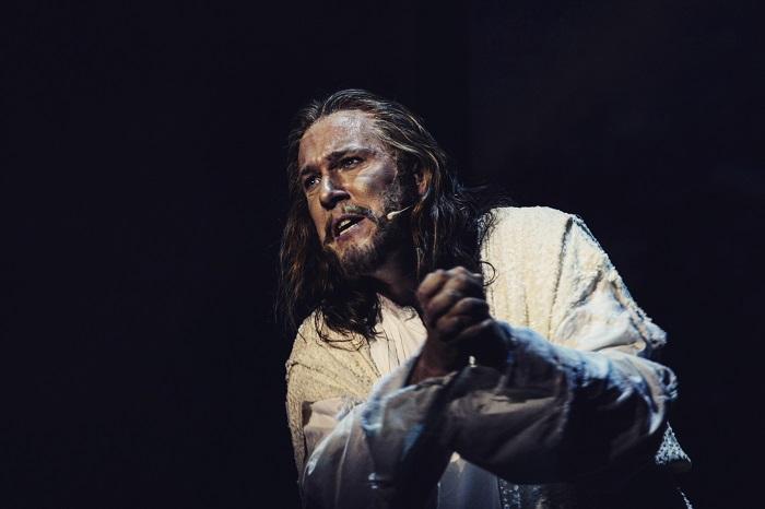 Feke Pál Szegeden a Jézus Krisztus Szupersztár rockoperában