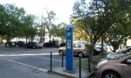 Díjmentes lesz az év végi ünnepek alatt a parkolás