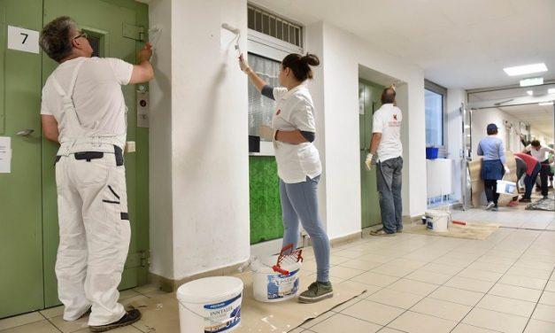 Poli-Farbe – Színnel, lélekkel pályázat kórházi felújításai