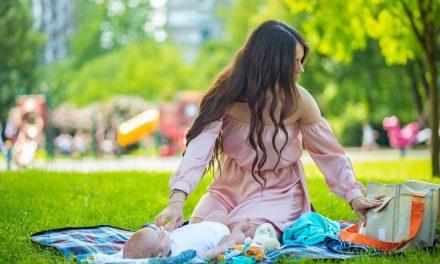 A női neszesszer csodái – Egy kisgyermekes anyuka táskája