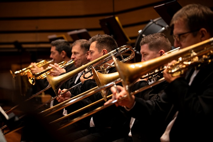 Mint üstnek zengése… – Filharmonikusok a Pesti Vigadóban