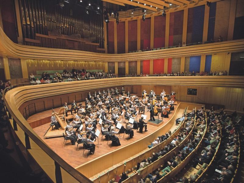 Ezüstcsillanás-évad a Pannon Filharmonikusokkal