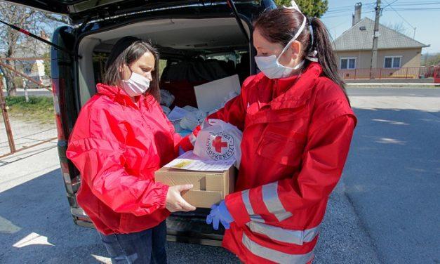 Így segít a Magyar Vöröskereszt a krízishelyzetben