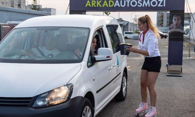 Autósmozi nyílik a budapesti Árkád tetején!