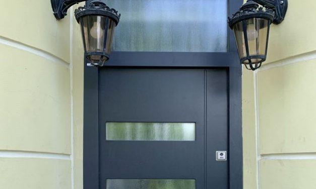 Létezik olyan bejárati ajtó, amely szép és biztonságos is egyben?