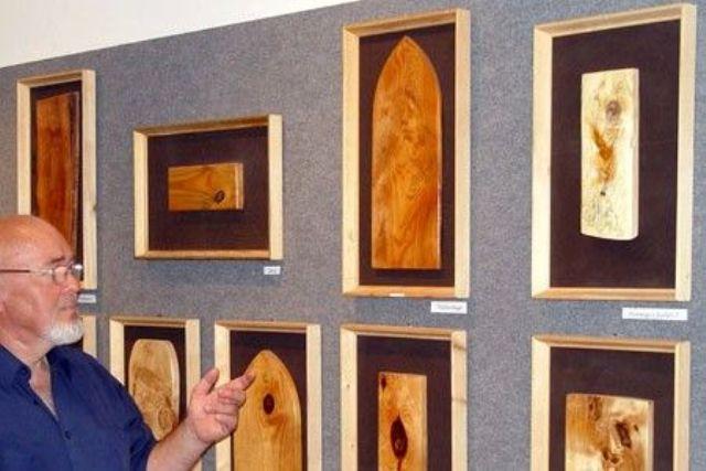 A természettel közösen újjá alkotott világ Péter László öko-ikonjaiban