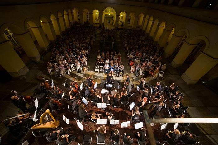 A Medikus Zenekar nyáresti koncertje