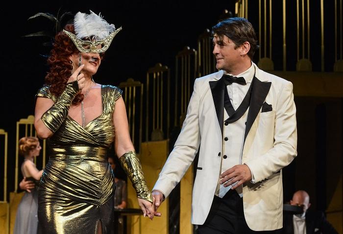 Bál a Savoyban – Látványos revü-operett Miskolcon