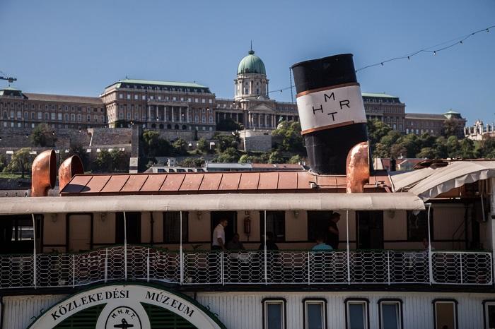 Képek a budapesti hajózás 200 évéből