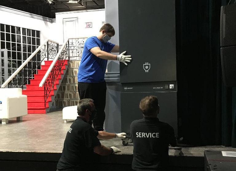 Légtisztító berendezéssel a vírusmentes színházért