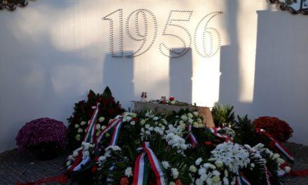 Ünnepi műsor a KTV-ben, koszorúzás az '56-os emlékműnél